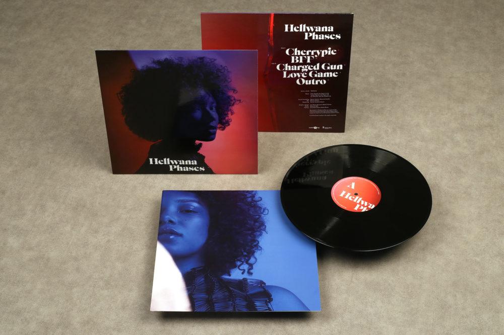 Hellwana: Phases